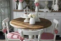 Shabby Chic. / Cute, floral and vintage things.