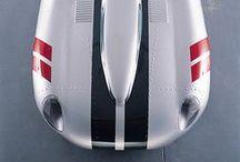 Jaguar / Classic & Modern Jaguars