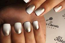 Nails jul