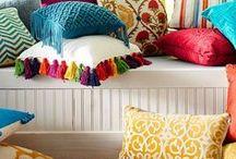 Подушка / Изготовление продажа чехлов, подушек на заказ из наших тканей, которые есть в наличии.