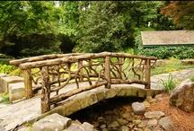 bridges in the garden / bridge ideas for landscape design