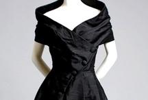Moda: Años de 1930 a 1950 / by Janett Diaz