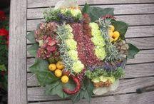 bloemschikken / flower arrangements / alle bloemstukken e.d. die ik de afgelopen jaren heb gemaakt, hier verzameld /  all the flower arrangements I made for Christmas, Easter or just for fun