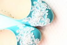Demetoloji Designs For Brides / Unique flat shoes, clutches and wedding accessories
