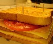 (club sandwich) / H ιστορία του club sandwich ξεκινά στις Ηνωμένες Πολιτείες από τα τέλη του 19ου αιώνα.