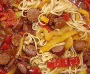 Σάλτσα λουκάνικου / Σάλτσα λουκάνικου με ζυμαρικά Λιγκουίνι