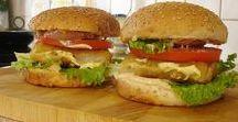 Απίθανα σπιτικά Burger με φιλέτο ψαριού και σος μαγιονέζα.