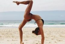 Hugo - nude yoga