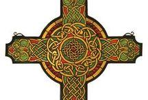 ornamenye cruci