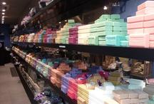 Shopping in Paris / Discover the Jeu de Paume's best adresses to shop in Paris!