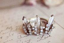 antique-y baubles / by Classic Bride blog
