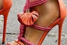 Creative Colour - Zesty Orange Weddings / Creative Ways to use zesty orange at your wedding.