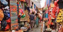 Turismo en Granada / Turismo en Granada Te preguntas qué ver/hacer en tu visita a Granada?  Fácil. ¡Disfruta de uno de nuestros Free Tours y conoce los mejores lugares que visitar en #Granada #Andalucia #España   www.walkingranada.com