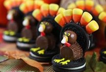 The BEST Thanksgiving Ideas / The best Thanksgiving recipes, decorations and ideas.  You'll even find easy and yummy recipes for dinner, desserts, sides and appetizers.