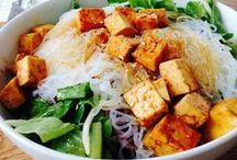 Vegan Recipes / Vegan, plant based recipes for breakfast, lunch and dinner.