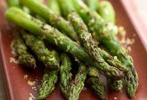Veggies, side dishes / by Karen Lewallen