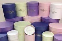 Флобокс / Красивая упаковка для цветов. Шляпные коробки для цветов флобокс, пакеты и кульки для букетов.