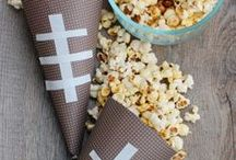 Feeding the Boys: Finger Food / Whether it's finger food for your husband's Super Bowl party or snacks for your son and his friends before soccer practice..your boys will love these recipes.