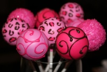 Cake pops / by Amber Skye Puckett