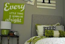 Condo Sweet Condo  / 2 bedroom, 1 bath condo decor ideas  / by Kelly Woodyard