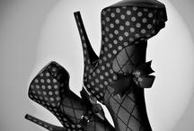 Shoe Glamour / by Helen Sari