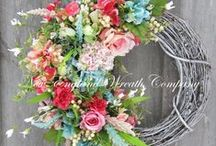 Wreaths / Colorful, Unique, and Creative wreaths. Decorating inspiration!