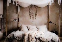 Pocahontas Decor / Using natural materials, pastel tones and abstract prints and patterns, the Native American style is simple, but packs quite the design punch.