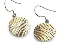 EARRINGS - Boccia Titanium / Titanium Folding hoop earrings with polished center line   Non Corrosive & Skin Friendly. Get yours here >> https://www.superelitetrends.com/collections/types?page=1&q=Earrings