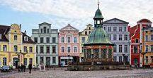 Unser Wismar / Unesco Welterbe und Hansestadt. Und mittendrin unsere Ostsee-Molkerei Wismar.