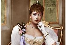 UK Maud 5th Child Edward VII & Alexandra / Princess Maud (Maud Charlotte Mary Victoria) (1869-1938) UK is the 5th child of King Edward VII (Albert Edward) (1841-1910) UK & wife Princess Alexandra (Alexandra Caroline Marie Charlotte Louise Julia) (1844-1925) Denmark. She married King Haakon VII (born Prince Carl (Christian Frederik Carl Georg Valdemar Axel) (1872-1957) Denmark & Iceland-Norway. The 1905 dissolution of the Denmark union with Sweden made him King of Norway.