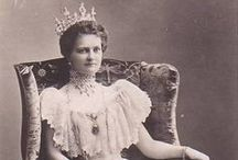 "Germany Eleanore 2nd Wife Ernest Louis V / Princess Eleonore ""Onor"" (17 Sep 1871-16 Nov 1937) Solms-Hohensolms-Lich, Germany was child of Prince Hermann (1838-1899) Solms-Hohensolms-Lich, Germany & Countess Agnes (1842-1904) Stolberg-Wernigerode, Germany. She was the 2nd Wife of Ernest Louis ""Ernie"" (12 Sep 1837-13 Mar 1892)  Hesse. Ernest & Eleonore had 2 Children: Prince Georg Donatus (1906-1937) & Prince Louis Herman (1908-1968)."