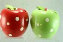 Polka Dots / gepunktet ● à pois ● spotted