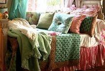 Comfy / by Erika Saeppa Lovingfoss