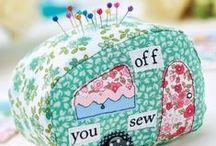 Pin Cushions / Inspiration. Lovely little pincushions.
