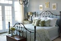 Bedrooms & Closets / by Caitlin
