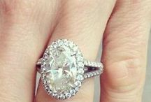 Oval engagement rings / Take a hint boys: oval engagement rings are where it's at!