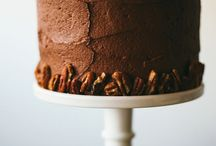 Des Gateaux / Bake me a cake or go away / by Tryphena T