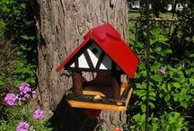 SGC: For the Birds - Wood / A variety of Sadler Garden Collections (SGC) handcrafted birdfeeders, made in the USA by Pat Sadler.