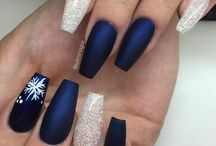 Nails / The happiest girls always have the prettiest nails!
