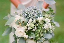 Le's Isle Rose Wedding Flowers / Wedding Bouquets, arrangements and ideas!  We have over 50 years experience in arranging flowers.  Make an appointment today!