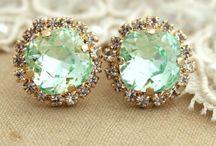 Diamonds are a Girls Best Friend / by Julia Cooper