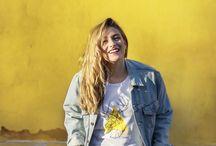 Ayellowmark T-shirt / T-shirt di Ayellowmark. Il brand più giallo di Instagram.