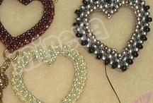 Jewelry - Tutorials / by Roni Hendrickson