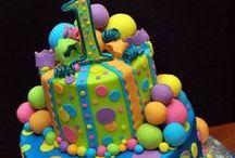 Cakes / by Maraca FS