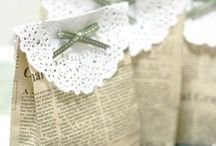 Gift Wrapping / There is nothing better than a super cute wrapped present - I love all of these gift wrapping ideas.