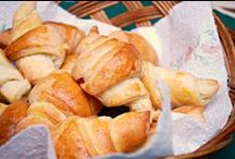 Breads / I love ,making, baking and eating all kinds of bread! #Bread #rolls #recipes