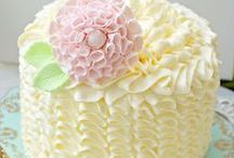 Cakes and Pies / Beautifully decorated cakes and pies.  Recipes that sound delicious.