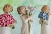 Demdaco Willow Tree Angels and Figurines / Willow Tree angels and figurines from Demdaco are designed by Susan Lordi to represent the qualities and sentiments that make us feel close to others. Willow Tree products make wonderful gifts. ♥ Willow Tree Angels ♥ Willow Tree Ornaments ♥ Willow Tree Figurines GIFT IDEAS: Anniversarys, Christmas, Baby Showers, Housewarming, Wedding, Inspirational Gifts, Gifts for Friends, Engagement, Mother's Day, Father's Day, Grandparent Gifts