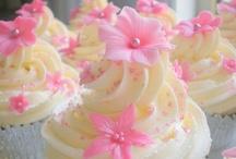 Cupcake Wars / by Lori Vidaurri