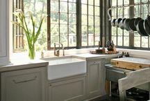 kitchens / ..